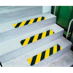 Antirutsch-Treppenprofil Safety-Stair für die Industrie