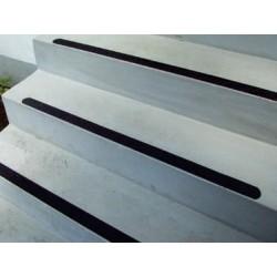 Antiruschbelag 3M Safety-Walk Universal für Industrie- und Außenanwendungen