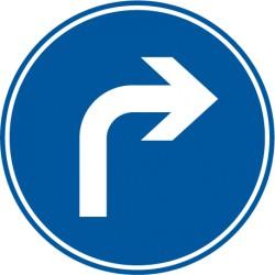 Vorgeschriebene Fahrtrichtung rechts