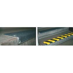 Treppenkantenprofile aus Edelstahl 1,5 mm stark