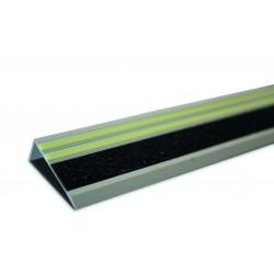 Langenachleuchtendes Treppenkantenprofil mit Antirutschstreifen R11