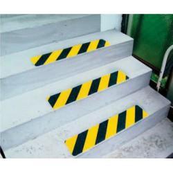 Antirutsch-Treppenprofil Safety-Stair für die Industrie