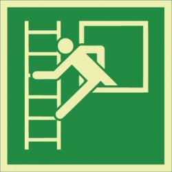 Notausstieg mit Fluchtleiter, links (E016)