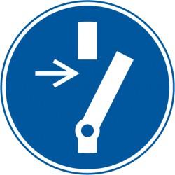 Vor Wartung oder Reparatur freischalten (M021)